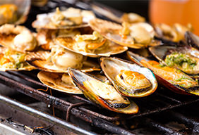 Grilled Clams in Garlic Butter