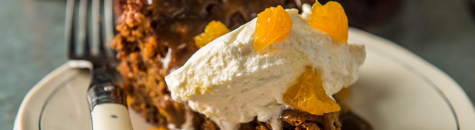 Mandarin Orange Cake With Brown Sugar Glaze