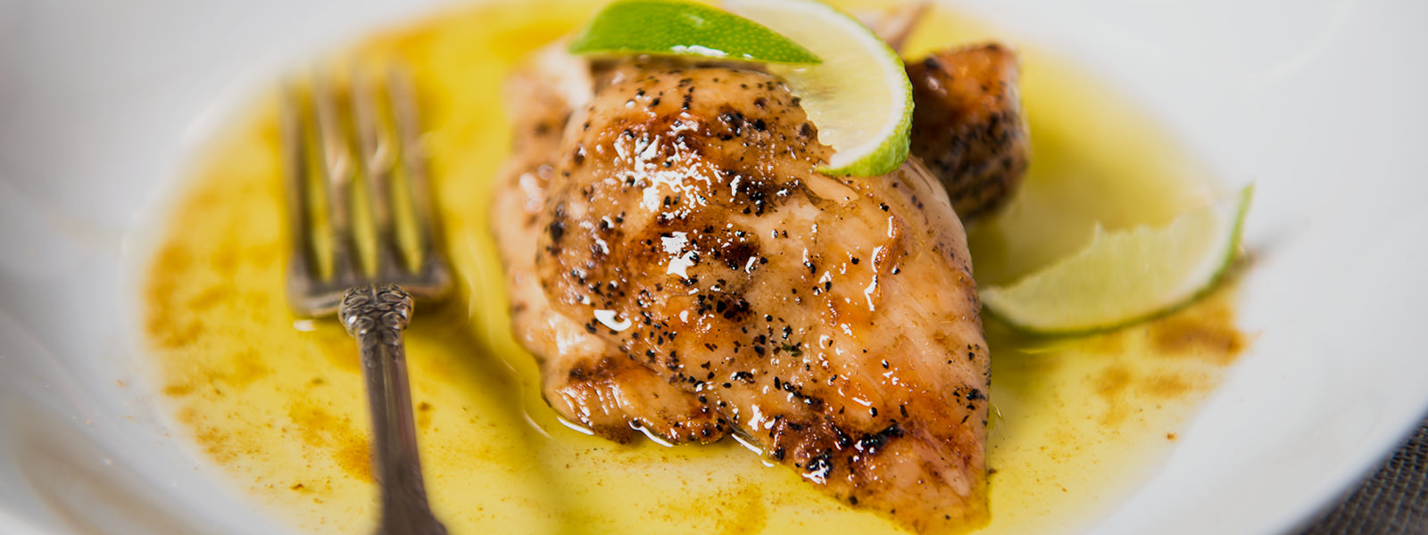 Cumin citrus grilled chicken recipes traeger wood fired grills cumin citrus grilled chicken forumfinder Image collections